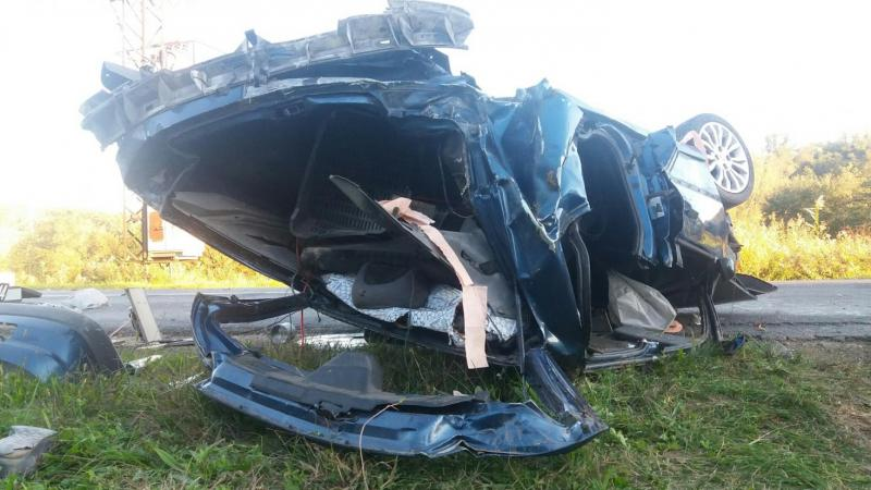 Felborult egy Peugeot 206-os - meghalt az utas