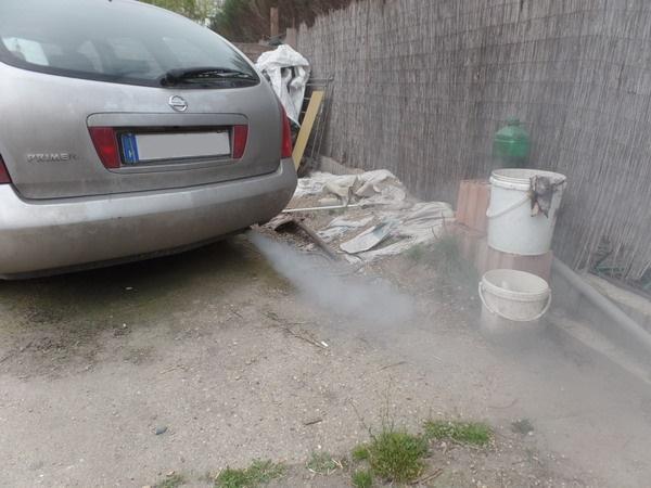 Diesel motor fehéren füstöl