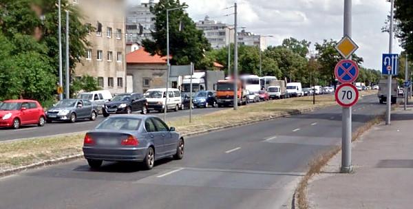Lakott területen belül főútvonal sebesség