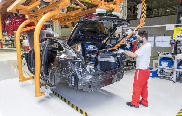 Az Audi Hungaria mild-hibrid modellek sorozatgyártását kezdte meg