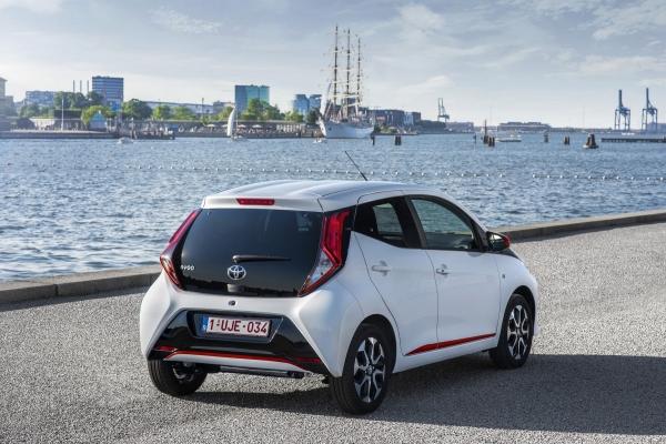 Tovább erősítheti szabadidőjármű-offenzíváját a Toyota
