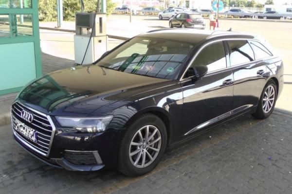 Nagy értékű lopott Audi akadt fenn Röszkén